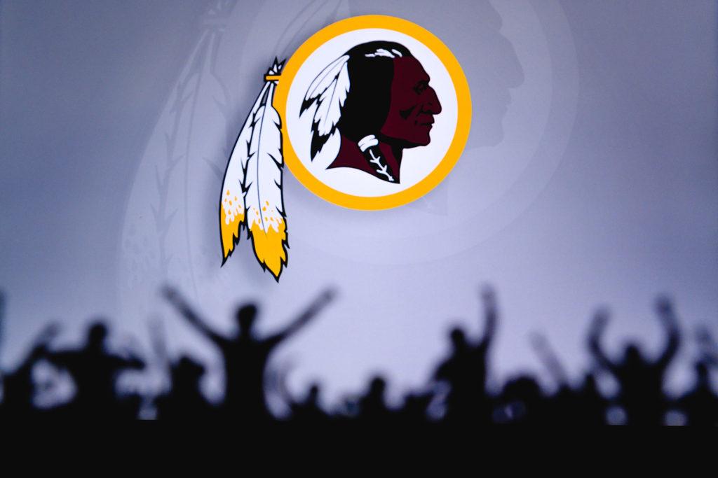 Washington Redskins byter namn